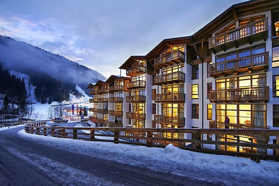 A Truly Unique Development Of 57 Apartments Of 1 And 2 Bedroom Apartments,  Ranging Between 47 Sqms And 67 Sqm. And Next To The Skilift.