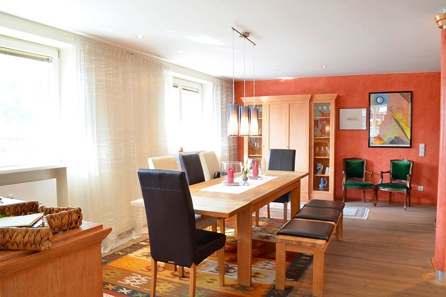 real estate for sale 3-bedroom apartment near ski slope in Zell am ...