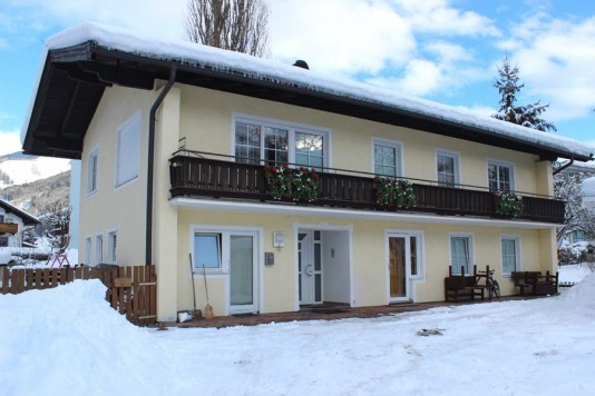 Apartment house with 3 apartments Zell am See Salzburg Austria